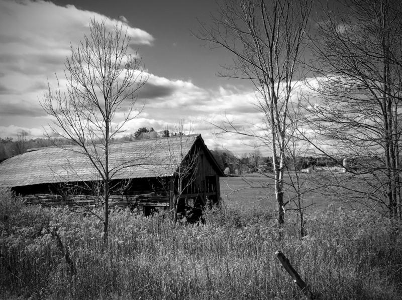 crumbling-barn1